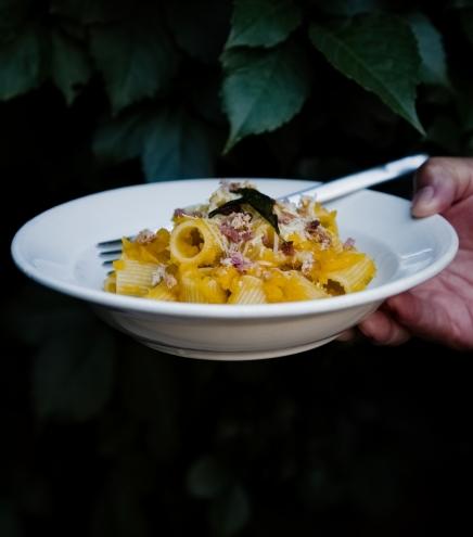 Pasta mit Kürbis und Amaretti | lacapocuoca.at